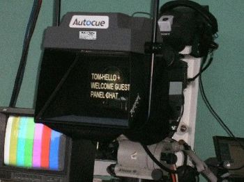 Autocue, speech prompting, teleprompting